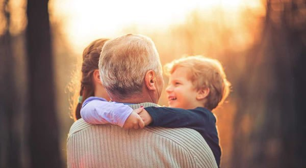 Capa da notícia: Oração pelos avós
