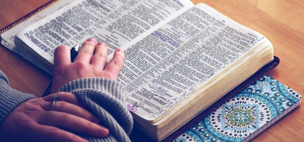Capa da notícia: Como fazer a Lectio Divina?